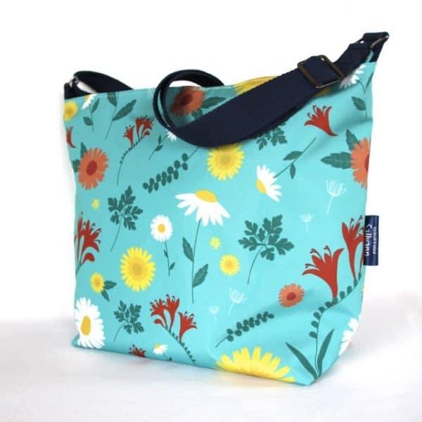 Tara Large Zip Top Handbag in Blue Daisy