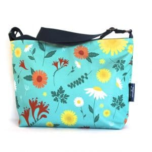 Fely Medium Cross Body Zip Top Bag – Blue Daisy
