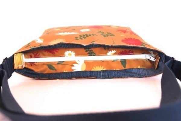 Fely Medium Zip Top Handbag in Orange Daisy