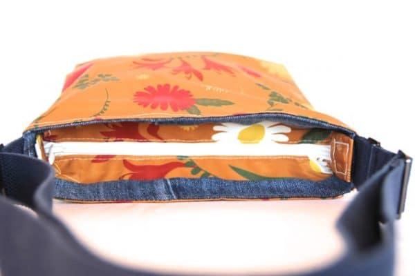 Amy Small Zip Top Handbag in Orange Daisy